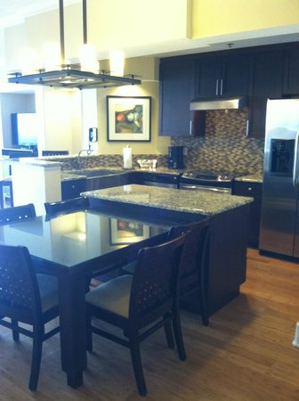Bluegreen Fountains Resort: this is building 3 deluxe. only for owners of BG! only a handful of these units on property