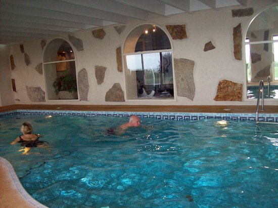 The Nare: I enjoyed a swim before breakfast in the indoor pool