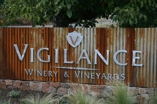 Lower Lake, CA: Vigilance Winery