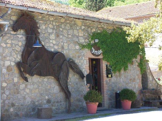 La Casella, Eco Resort: Entrance to hotel
