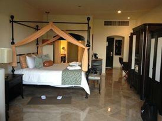 Secrets Maroma Beach Riviera Cancun: Our room was so beautiful