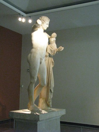 Hermes by Praxiteles, Museum of Olympia