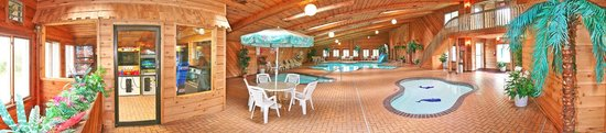 Shamrock Motel Resort & Suites: Our Great Indoor Pool Area