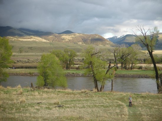 Paradise Gateway Bed & Breakfast: Close Proximity to Yellowstone River