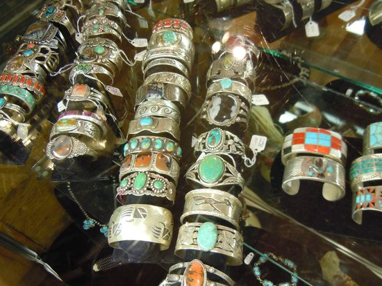 La Posada Hotel: Gorgeous selection of Indian jewelry