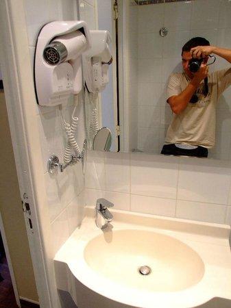 Jack's Hotel : bathroom