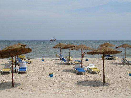 JAZ Tour Khalef Thalasso & Spa: Hotels private beach