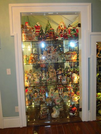Samuel Guy House : Collectibles