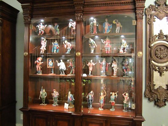 Samuel Guy House: Collectibles