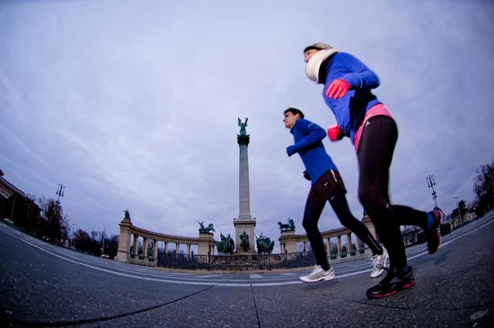 Running Tours Budapest : On Heroe's Square