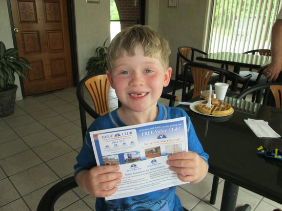 Americas Best Value Inn - Rockingham: AJ was very excited to get the VALUE CLUB DISCOUNT CARD.