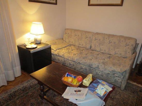 Hotel Morandi Alla Crocetta: canapé