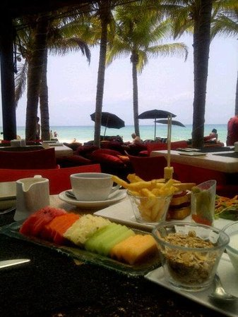 Mosquito Beach Restaurant and Beach Club: Delicioso desayuno