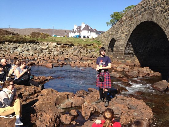 Morag's Lodge: Scot and the tale of Fiona