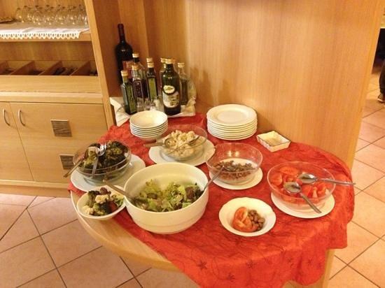 Albergo Negritella: Buffet di verdure