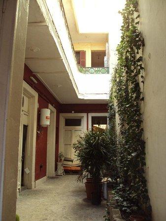 Kaixo Hostel Central: Vista interna