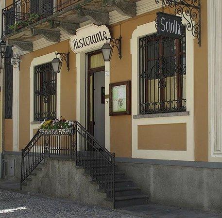 PIemonte da Sciolla : Main entrance