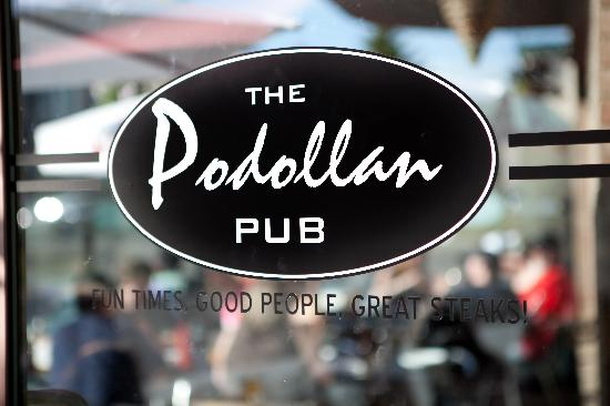Podollan Pub: Outdoor Patio