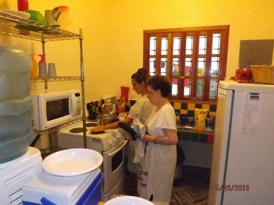 Casa Jaguar: Cooking...