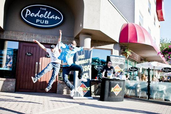 Fun times at the Podollan Pub