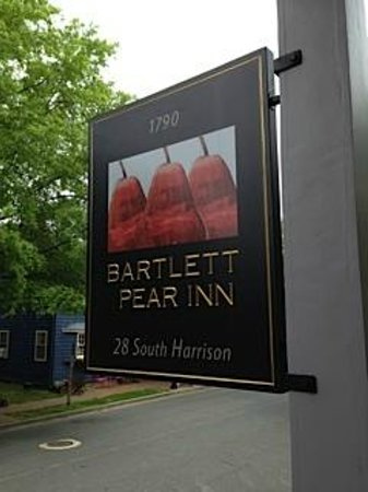 Bartlett Pear Inn: Welcome