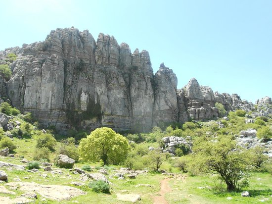 Almogía, España: El Torcal - stunningly beautiful and amazing backdrop to hotel.