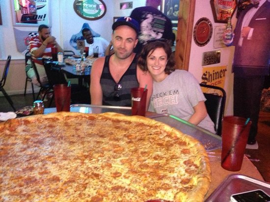 Big Lou's Pizza: So excited to eat the pizza!