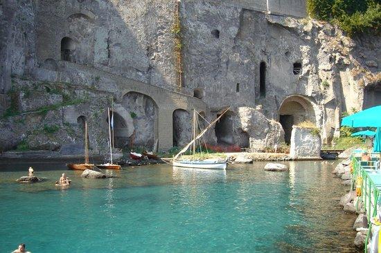 Stabilimento Balneare Bagni Salvatore (Sorrento) - 2018 All You ...