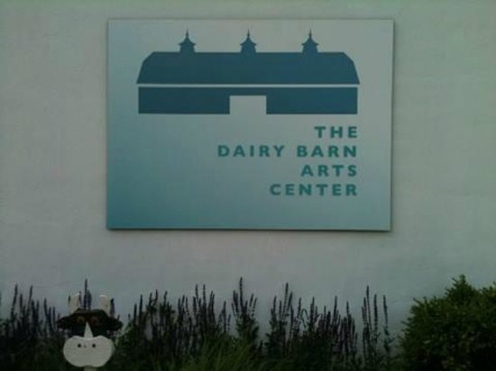 Athens, OH: Sign at the entrance to The Dairy Barn Arts Center