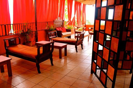 Kingston 18 : VIP Lounge