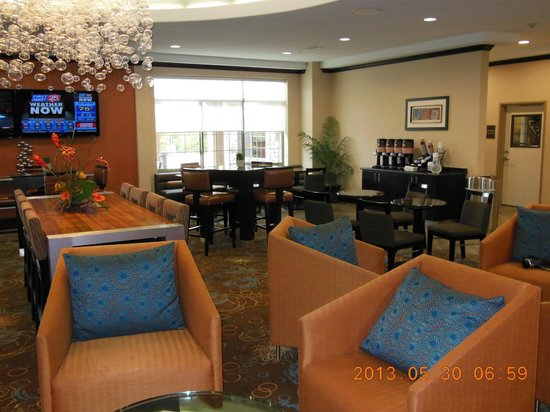 SpringHill Suites Waco Woodway: Breakfast room