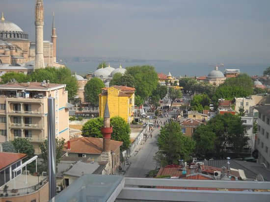 Daphne Hotel : vista desde la terraza
