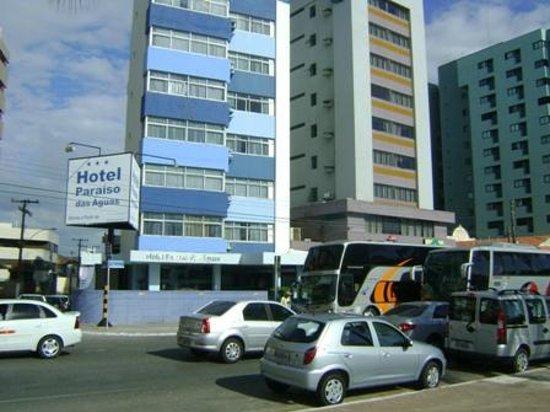 Paraiso das Aguas Hotel: Rua do hotel