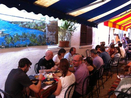 Restaurant chez turkmen perpignan restaurant avis for Hotel perpignan avec piscine