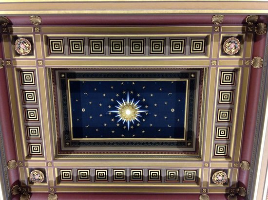 Freemasons' Hall: Ceiling in the main room