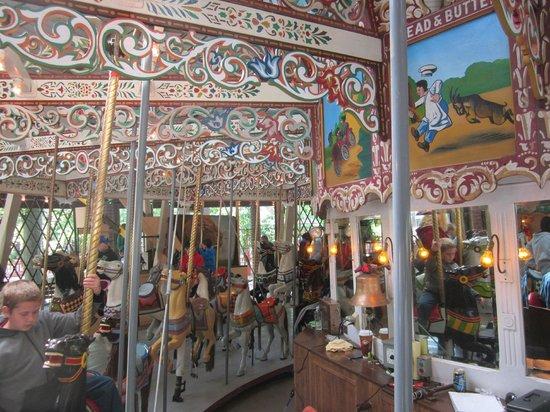 Knoebels Amusement Resort: The carousel