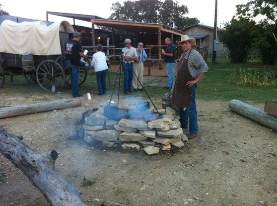 Silver Dollar Steakhouse at The Hideaway Ranch : Chuckwagon Dinners