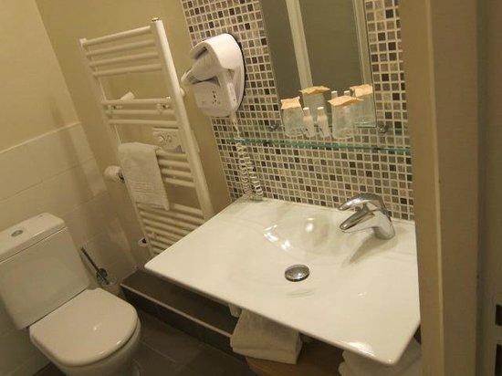 Hotel le Majestic: バスルーム