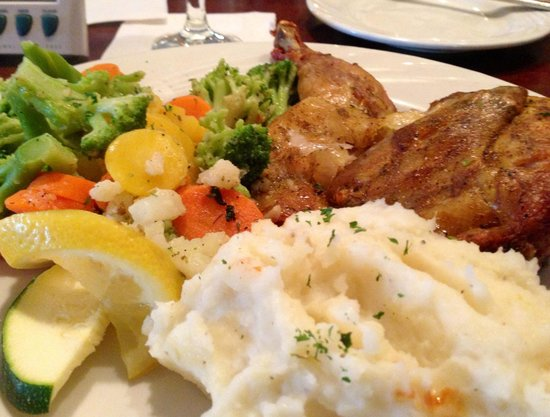 AL'an Ruben's Bar and Grill: Roasted Chicken