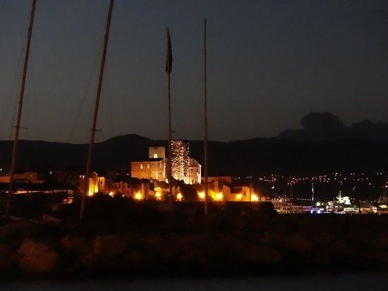 Hotel Eden : Antibes bei Nacht
