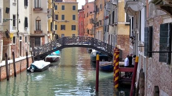 Context Travel Venice - Day Tours : Venice canals.
