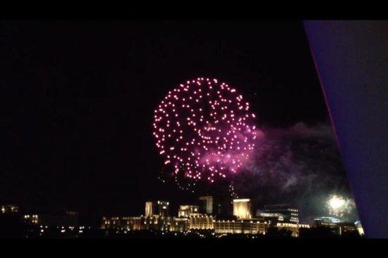 Seri Wawasan Bridge, Putrajaya : Another photo of fireworks