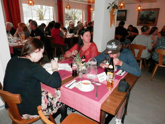 Hotel Hirschen-Cafe Seehof: Hotel dining and breakfast room