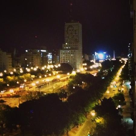 Scala Hotel Buenos Aires : vista do quarto - Av. 9 de Júlio