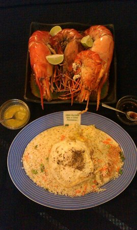 Samagi Guest House & Cottage : Dinner of freshwater lobsters in garlic butter and shoyu