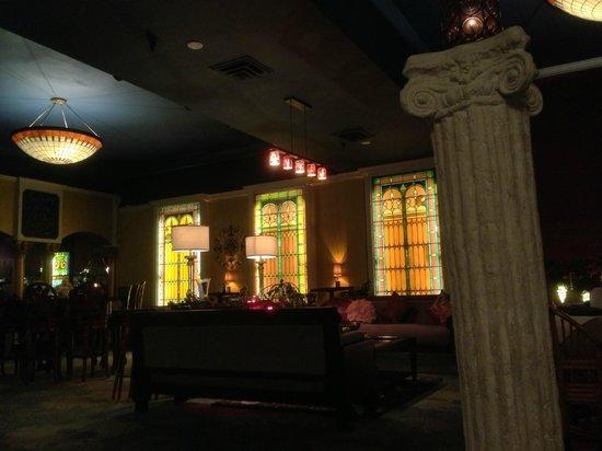 Beach Plaza Hotel: Lobby