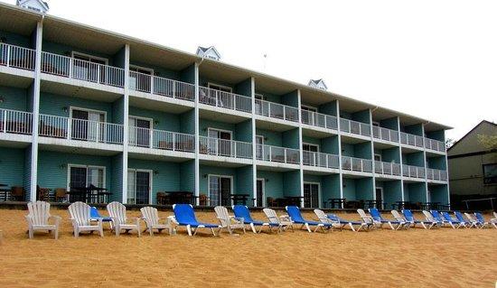 Sugar Beach Resort Hotel: Back of Hotel