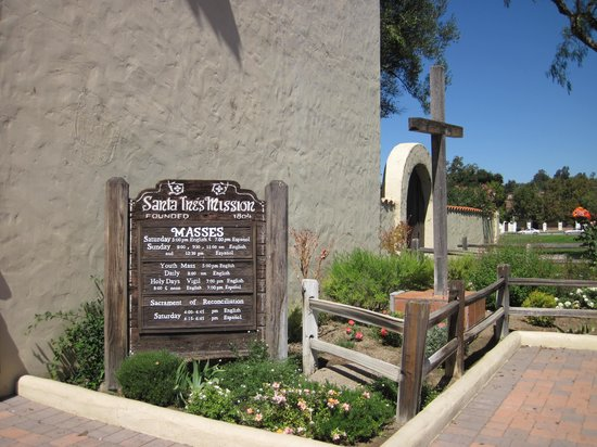 Old Mission Santa Ines: Hours mass is given