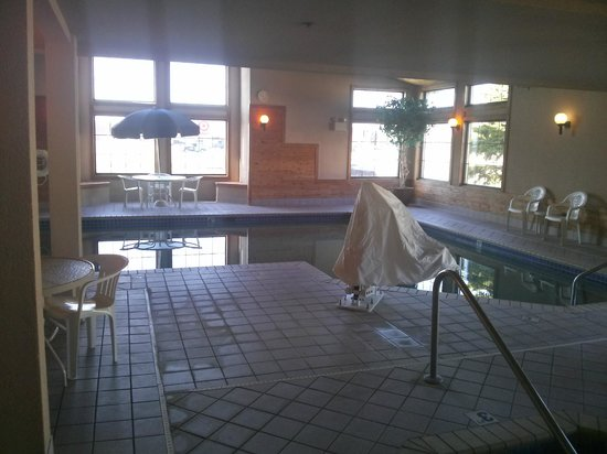 Kelly Inn Fargo: Pool