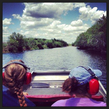 Airboat Wildlife Adventures: Enjoying the beautiful views